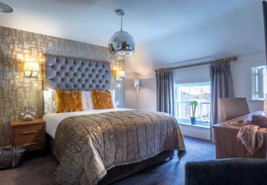 Bedroom 450 14