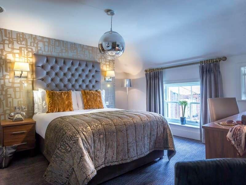 Bedroom 450 14 Small